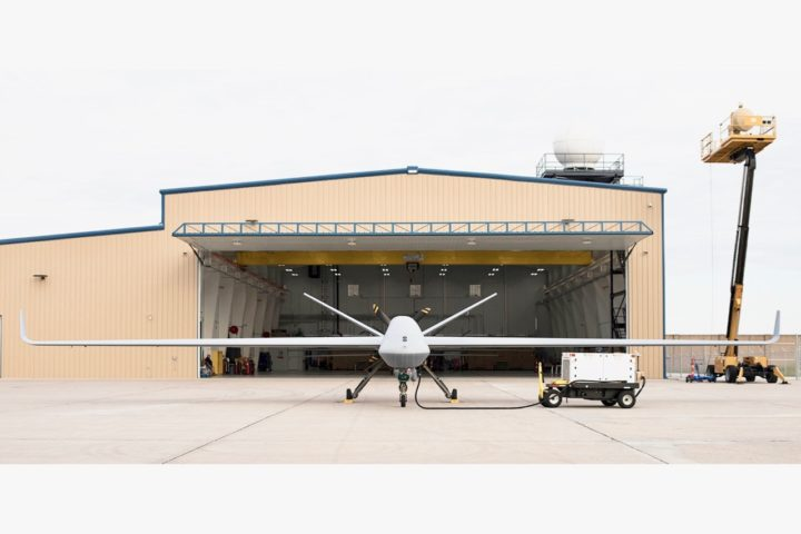 MQ-9B RPA、General Atomics Aeronautical Systems、正面